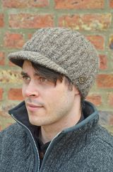 Hand knit pure wool ribbed peak hat Brown