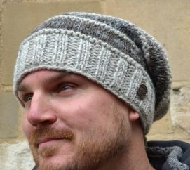 Hand knit vintage baggy beanie pale grey